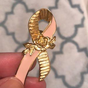 Avon Jewelry - 💗 Avon Breast Cancer Ribbon Pin 💗